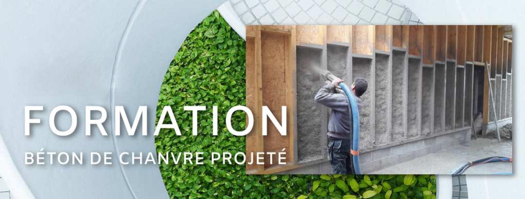 Formation sur le béton de chanvre projeté servant à l'isolation de bâtiment